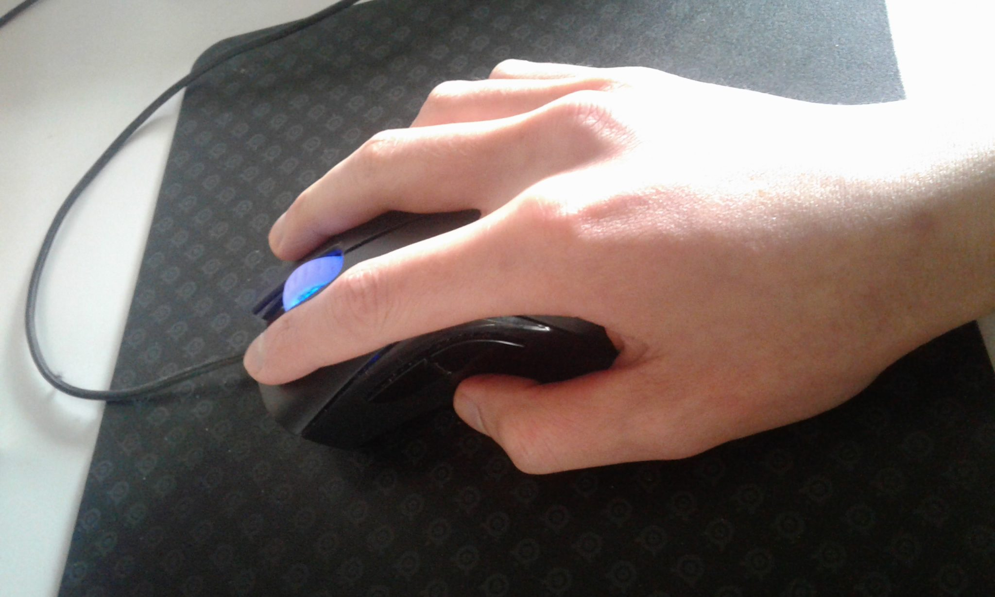 Does Different Mouse Grips Stop you from Playing Effectively?